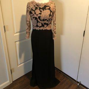 Tadashi Shoji Dress Size 10